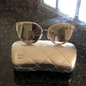 CHANEL Cat eye sunglasses Model#4222